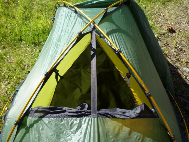 Четырехсезонная двухместная палатка Hilleberg Jannu.