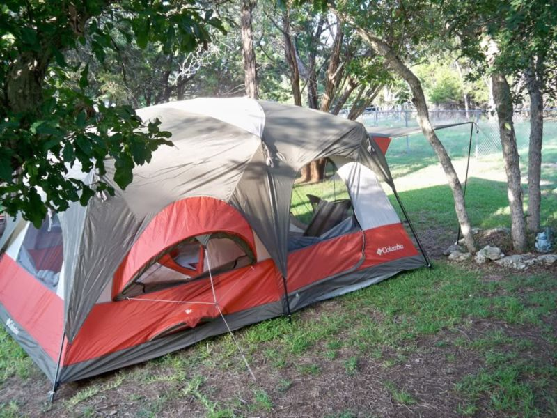 Двенадцатиместная палатка Ozark Trail 16х16-Feet Instant Cabin Tent.