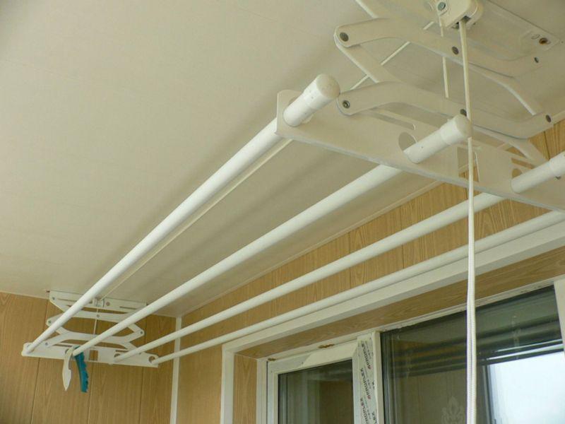 Преимущества потолочных конструкций