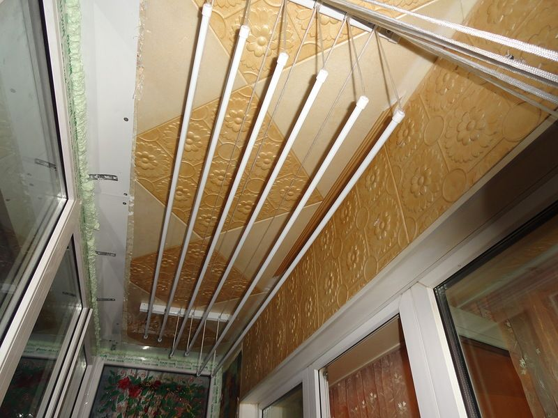 Минусы потолочных конструкций