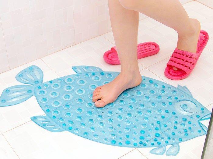 Лучший детский коврик в ванну