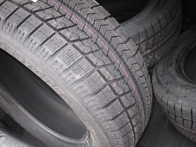 Лучшие зимние шины без шипов Bridgestone Blizzak VRX