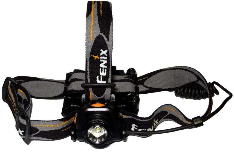 Модель Fenix HP10 Cree XR-E LED Premium Q5 – лучший велофонарь на шлем