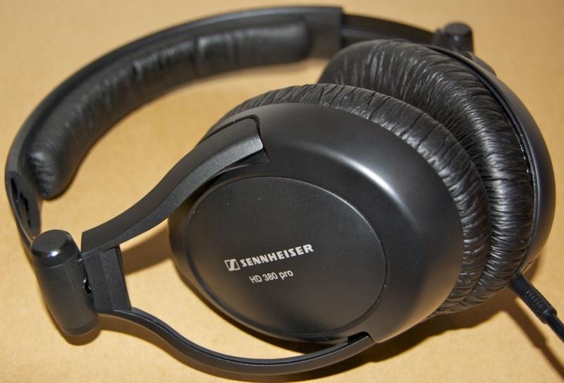 Sennheiser 380 Pro– лучшие большие наушники