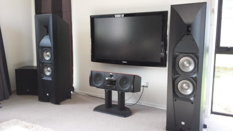 JBL STUDIO 590CH – лучшая акустическая система открытого типа