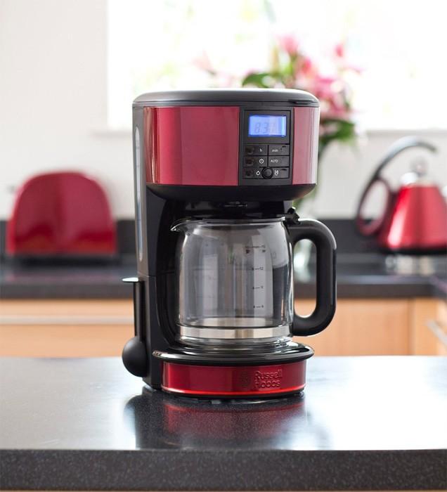 RUSSELL HOBBS 20682-56 – лучшая капельная кофеварка без фильтра