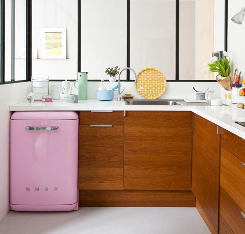 7 лучших маленьких холодильников