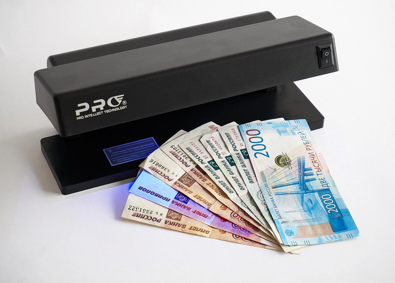 6 лучших детекторов банкнот